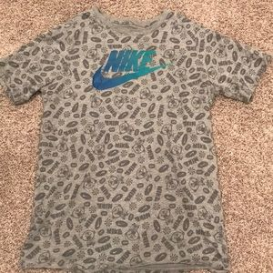 Youth boys Nike t-shirt